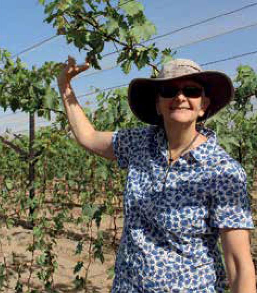 Sa Fruit Journal 2021 04 B Phyllis Burger Seedling Site Lelienfontein